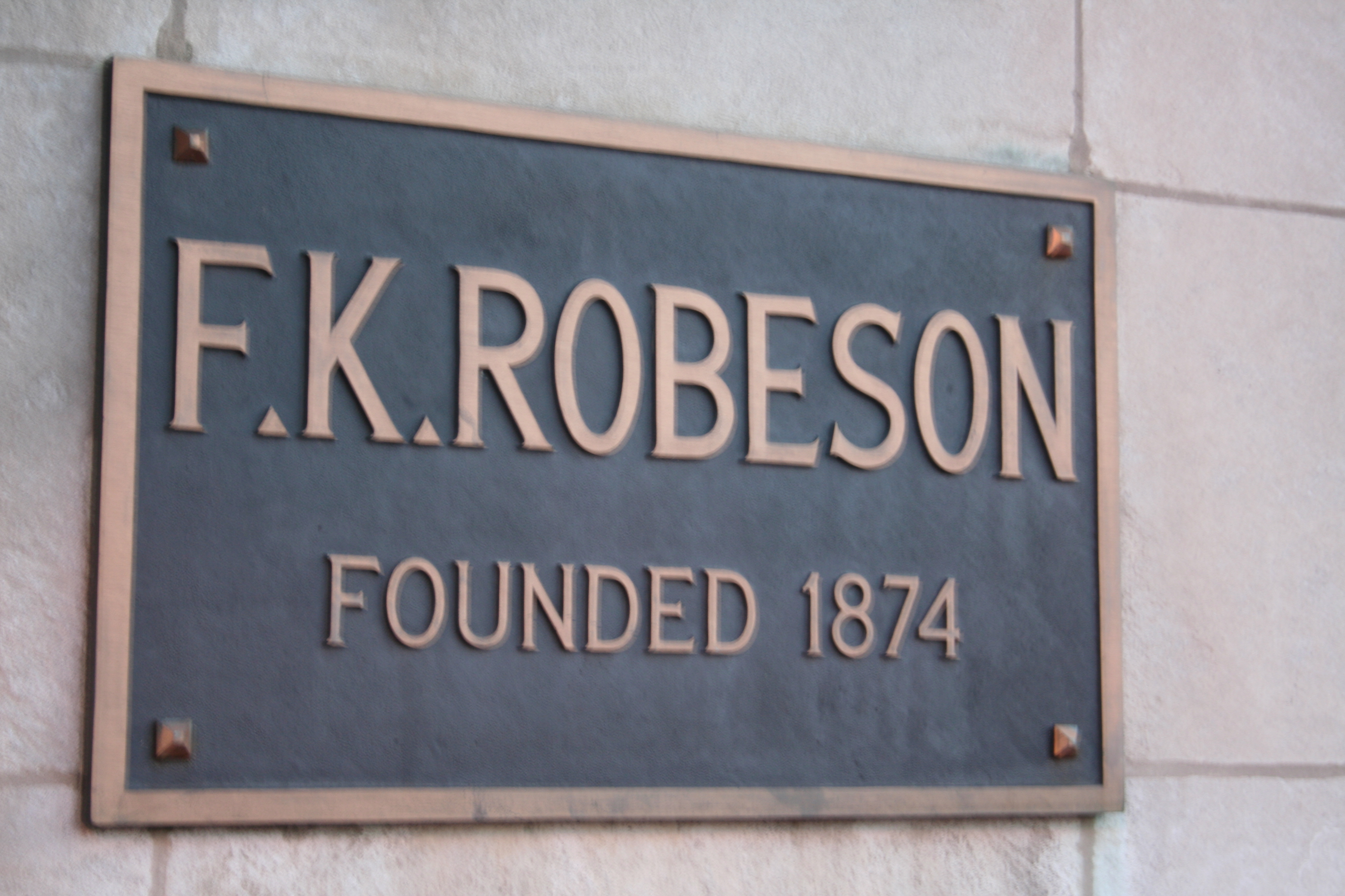 Robesons Inc